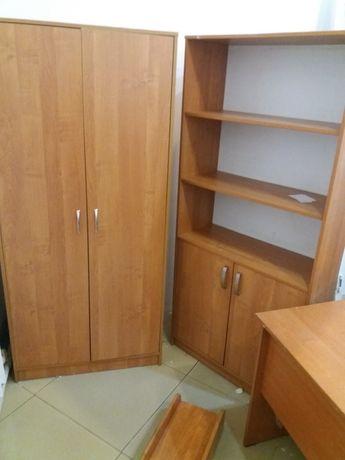 Мебель офисная, столы, шкафы, тумба