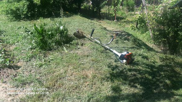 Косене на трева с бензинов тример Stihl