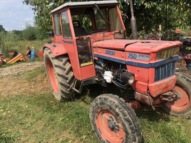 Dezmembrez fiat 750 special tractor