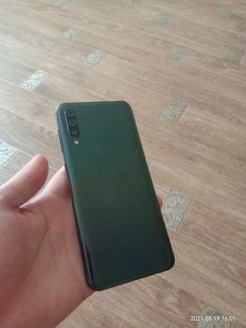 Обменяю Samsung A50 6/128