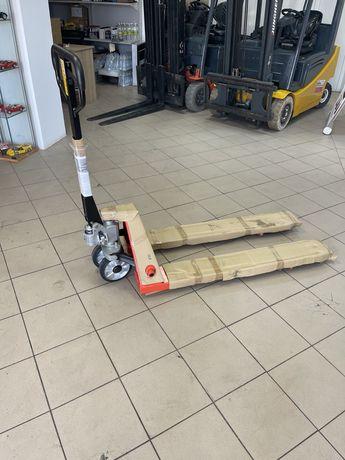 Transpalet manual( liza manuala) 2,5 tone