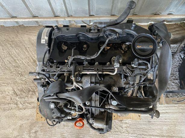 Motor VW Passat B7 2.0 TDI 140 CP CFF