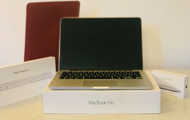 Macbook Retina Pro 13 2016, I3 2.7Ghz + Husa + Mouse & Tastatura Apple