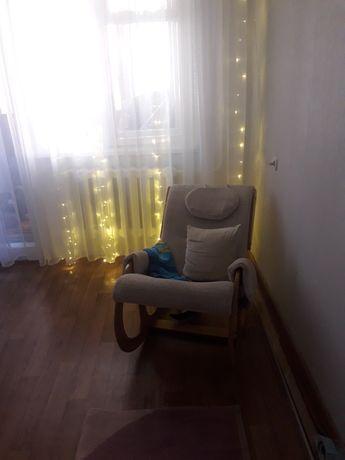 Продам кресло- качалку