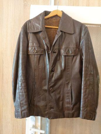 Кожено яке и промазан шлифер