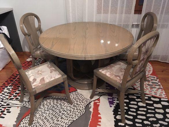 ратанова кухненска маса с 4 стола + кухненски шкаф