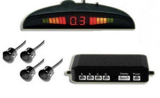 Pretul cu montaj Senzori parcare auto cu display Digital +montaj