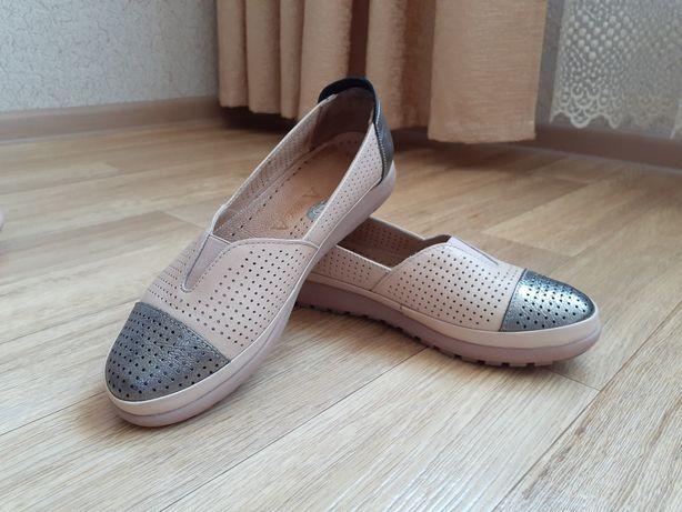Женская обувь. Женские балетки. Кожаная обувь.