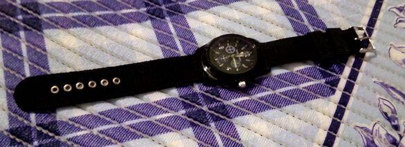 Нов стилен черен часовник