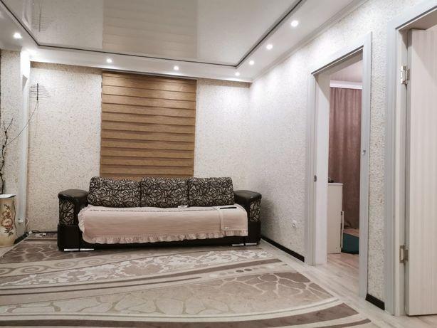 Продам диван двух местный