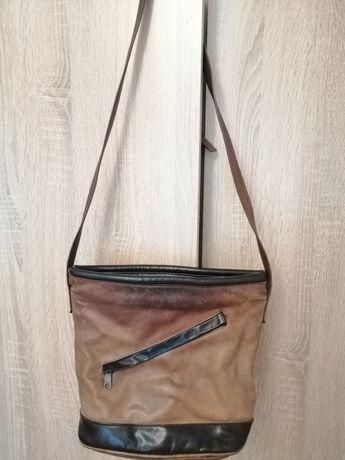 Мека чанта от телешка кожа