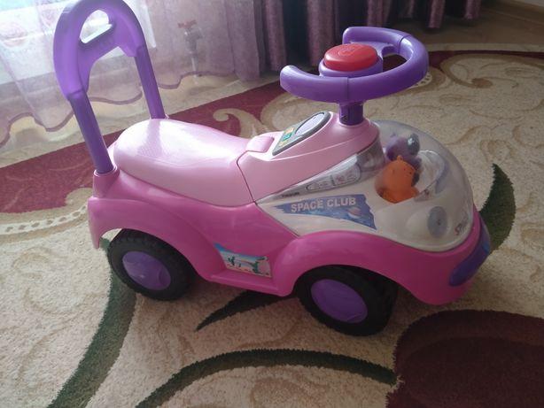 Продается детские коляска, машинка, столы со стульями