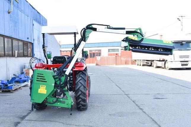 Brat articulat cu tocatoare resturi vegetale pt tractor DK01