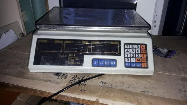 Весы электронные в отличном состоянии 5 ай бурын алганмыз 15000 мынга.