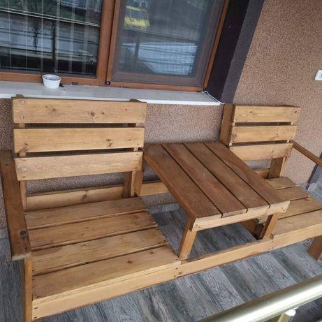 Двойно столче с масичка по средата