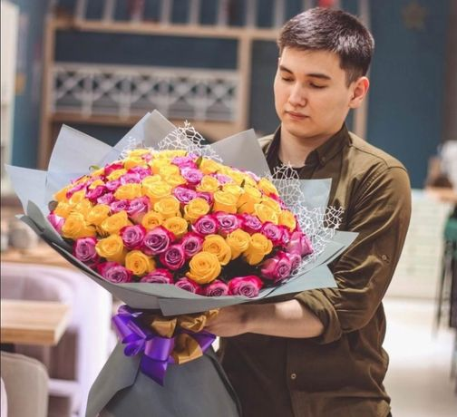 Доставка цветов. Букет из 101 розы