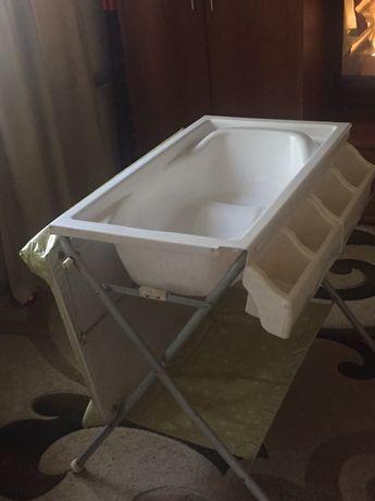 Детская ванна со столиком