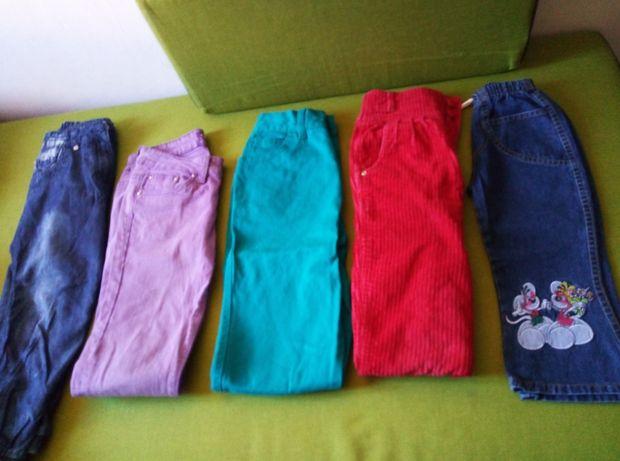 Pantaloni pt copii ,3 perechi 50 lei