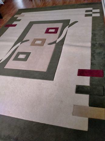 Продам ковёр, размер 3х4