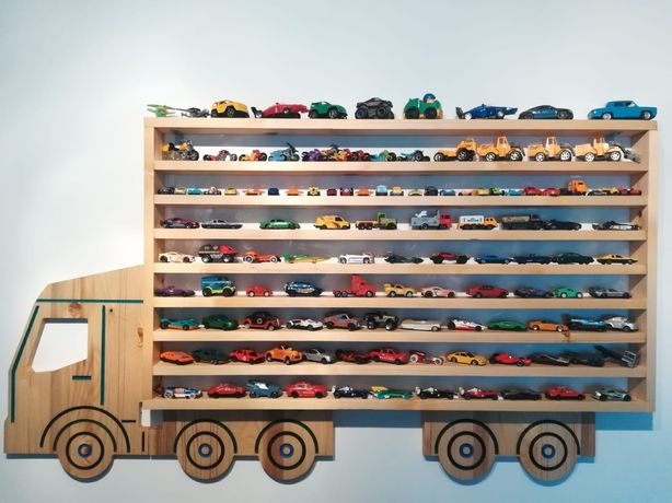 Tir pentru mașinuțe de jucarie