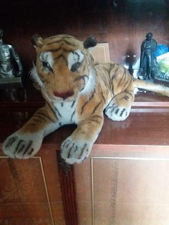 Игрушка тигр