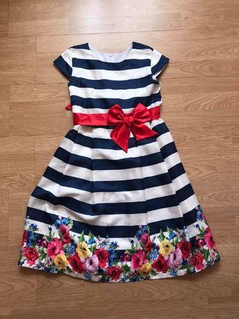 Елегантна рокля за момиче