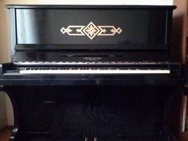 продам пианино 5 этаж