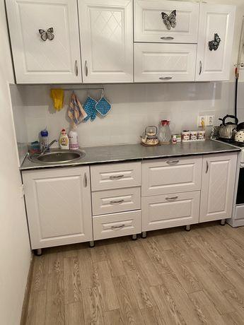 Срочно продам кухонный гарнитур