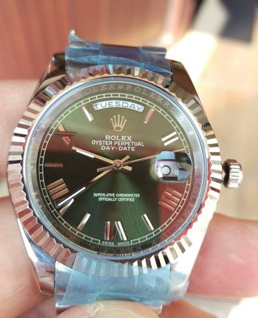 Rolex Day-Date 40 mm geam Safir