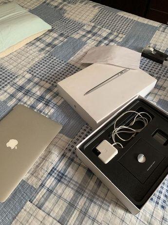 Macbook Air MD770 RSA 2013