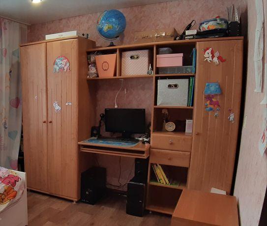 Шкаф стенка  детская компьютерный стол