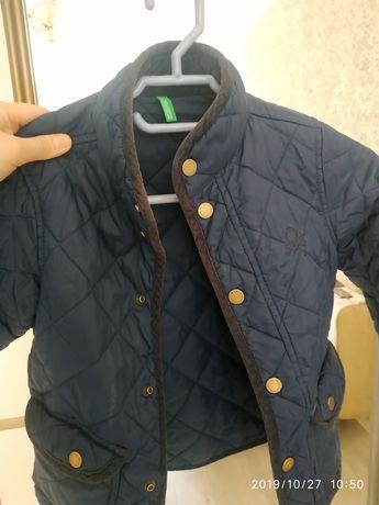 Куртка осенняя Beneton на мальчика 5-6 лет