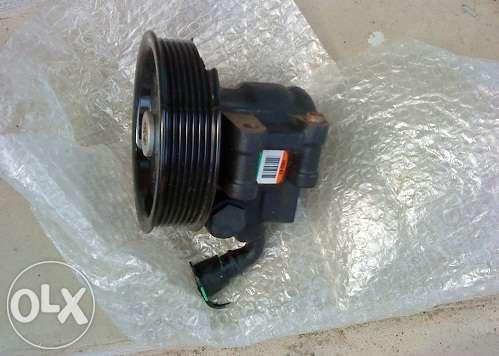 Pompa servo directie pentru FORD Transit dezmembrari piese