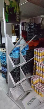 Метална стойка за бирени каси