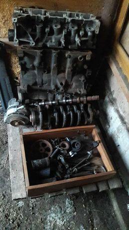 Motor renault 1,5 dci 2004 pentru piese