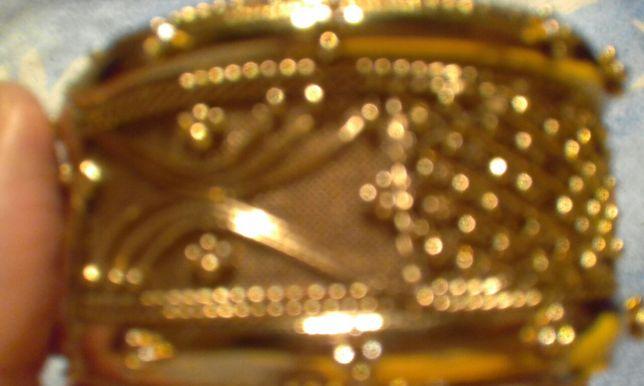 Браслет под золото
