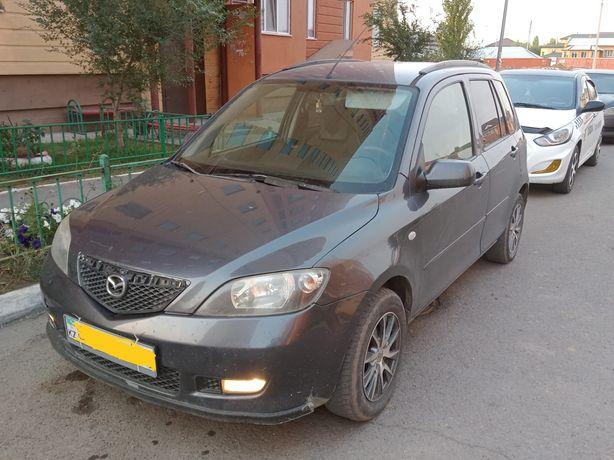 Продам автомобиль MAZDA 2