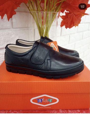 Продам туфли на мальчика Tiflani