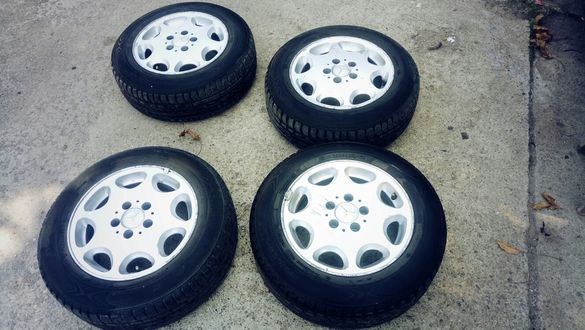 Летни гуми с ляти джанти оригинал мерцедес