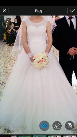 Свадебное платье 20000