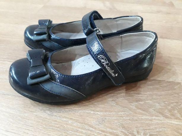 туфли школьные для девочки р-р 30