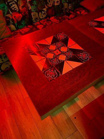 стол декоративный