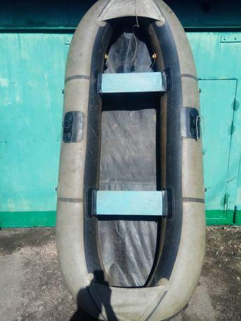 Продам лодку уфимка 22