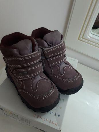 Осенние ботинки  фирма Primigi