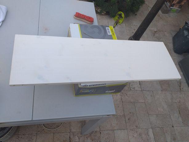 Vînd polite(rafturi)lemn brad vopsit alb,dimensiuni 285/895/18mm.