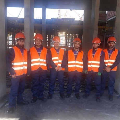 Строительная компания с бригада строителей более 100-человека