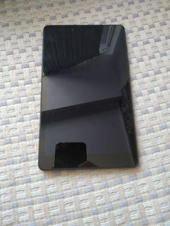 Срочно продам планшет Samsung Tab A.
