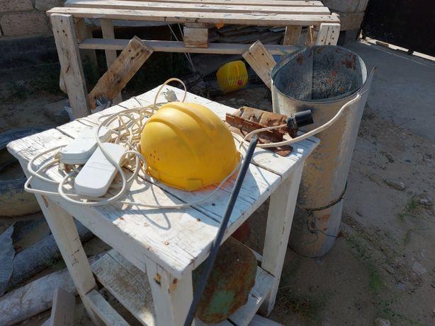 Продается рабочая каска для ремонтных работ