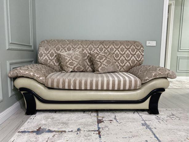 Гостиной диван