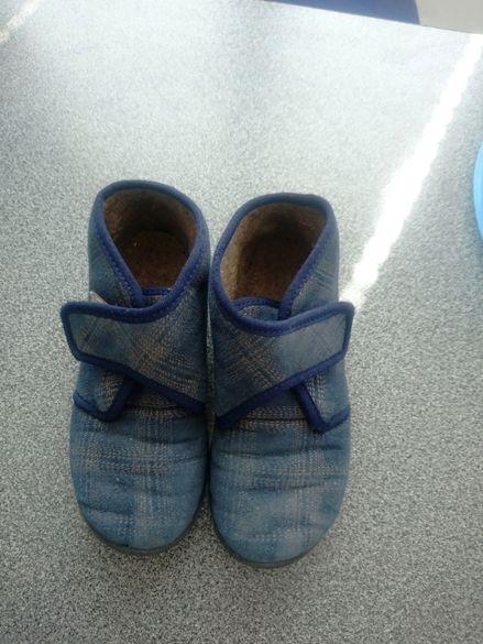 Детски пантофки /обувки/